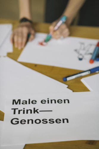 Bar Camp: Male einen Trink—Genossen